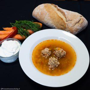 Zupa po Rumuńsku z klopsikami