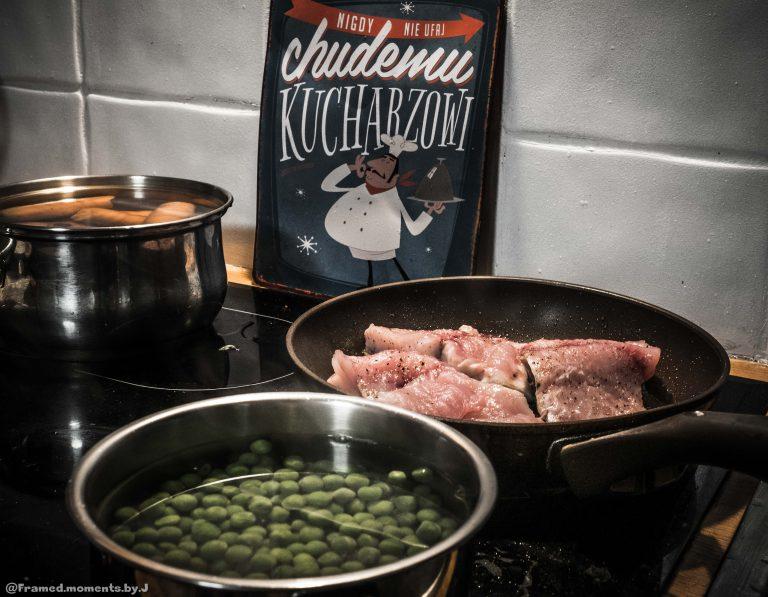 salatka-z-karpiem-przygotowanie