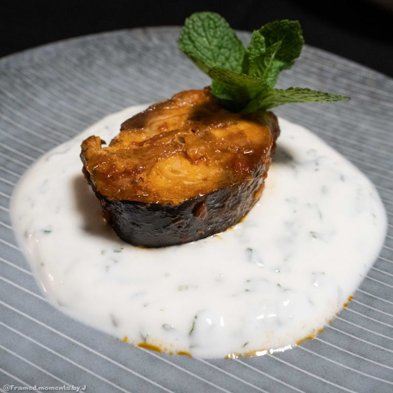 makrela-z-warzywami-z-sosem-portret