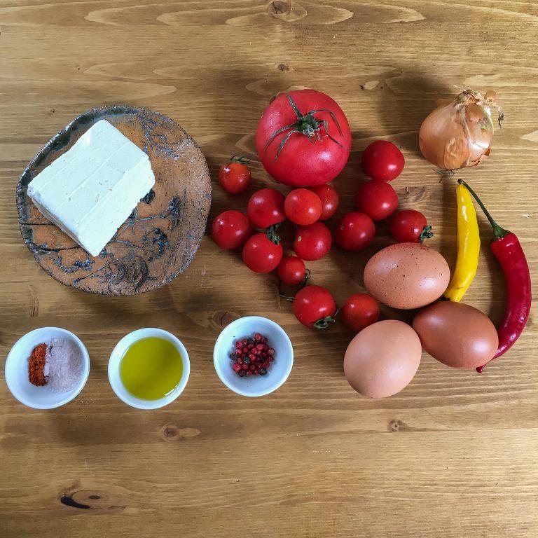 skladniki-jajka-omlet
