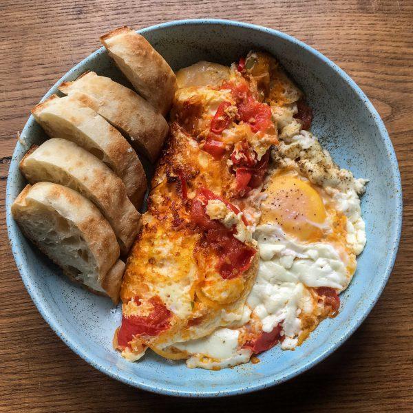 jajka-sadzone-z-omletem